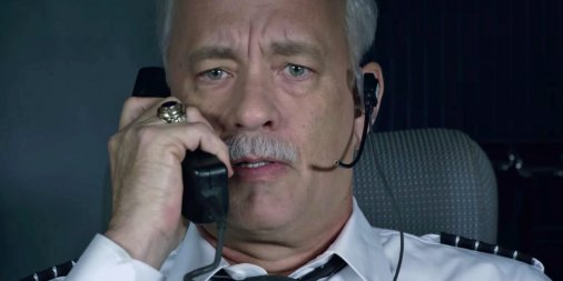 tom-hanks-plays-the-pilot-behind-the-miracle-on-the-hudson-in-the-trailer-for-sully