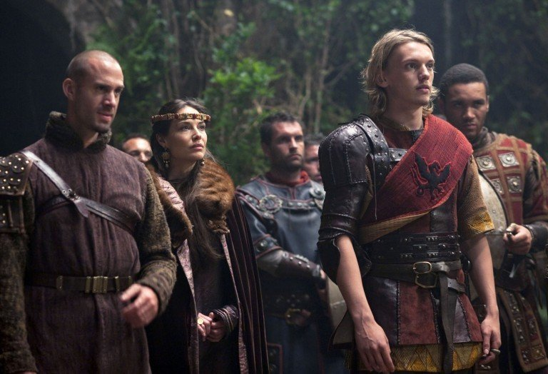 joseph-fiennes-jamie-campbell-bower-camelot-image-1-768x524