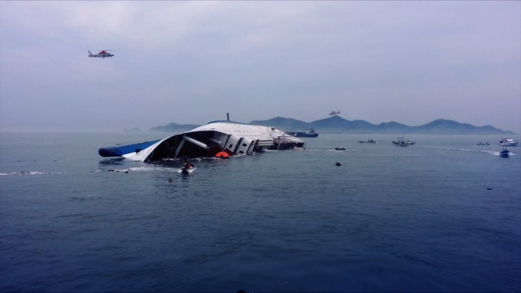 The-Truth-Shall-Not-Sink-with-Sewol-Korean-Movie--2014_4