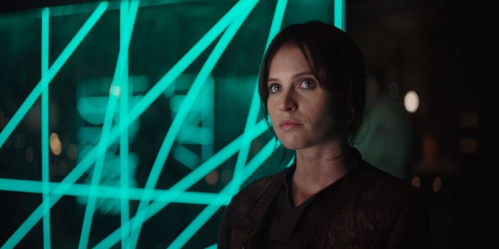 landscape-1460033109-rogue-one-star-wars-felicity-jones-rebel-base