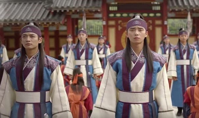 shinees-minho-and-park-seo-joon-star-in-the-kbs-2tv-drama-hwarang-the-poet-warrior-youth
